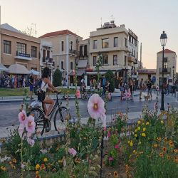rethymno-guideflowers-benches